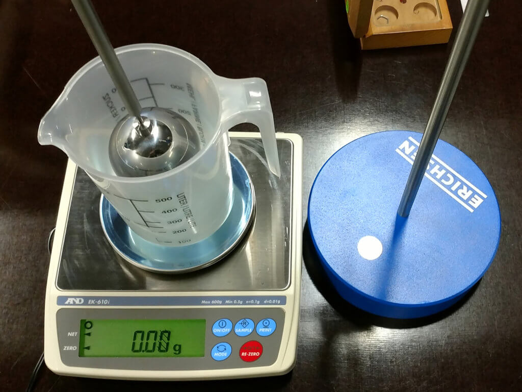 A&D EK-610i balance used for density determination